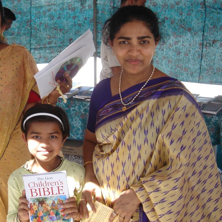 Kinderbibel für Menschen in den Golfstaaten (Photo UBS)